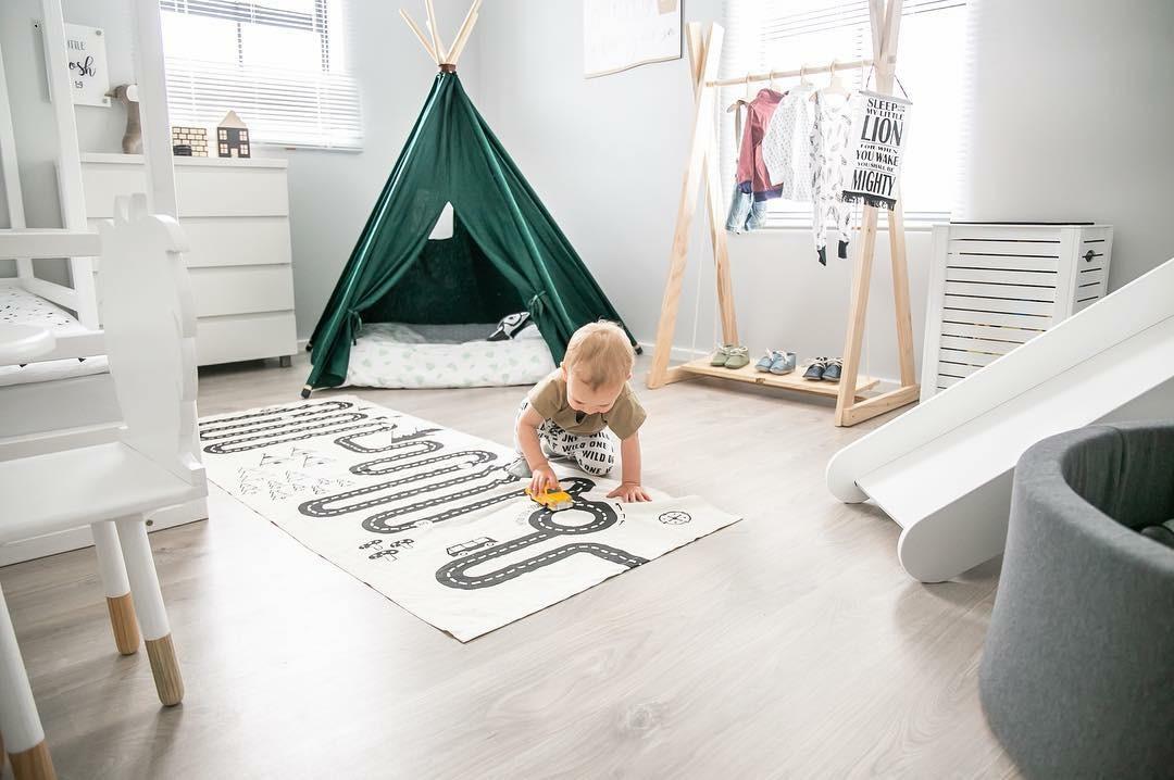 kids room green teepee play tent