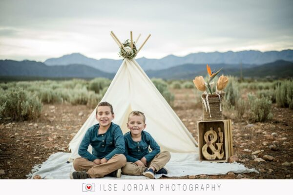brother photoshoot teepee outdoor play tent